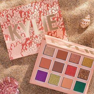 Kylie cosmetics eyeshadow palette under the sea